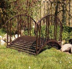 garten teichbr cke metall 11 garten metallbr cken metall gartenbr cke. Black Bedroom Furniture Sets. Home Design Ideas